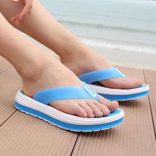 Удобная обувь для пляжа