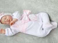 Безопасная и экологичная одежда для новорожденных на выписку
