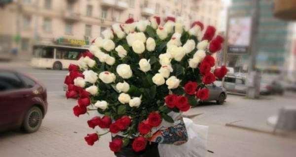 Услуга доставки цветов в 24 часовом режиме