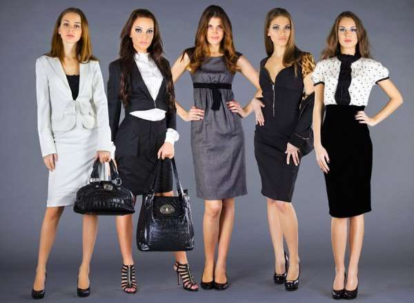 Широкий ассортимент брендовой одежды от «Cascatto»