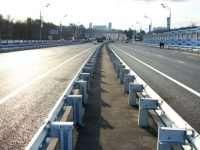 Металлическое барьерное ограждение дорожной и мостовой группы