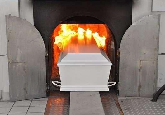Кремация людей: как реализуется такая услуга?