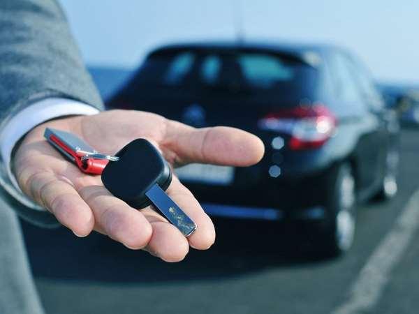 Для каких целей можно арендовать автомобиль?