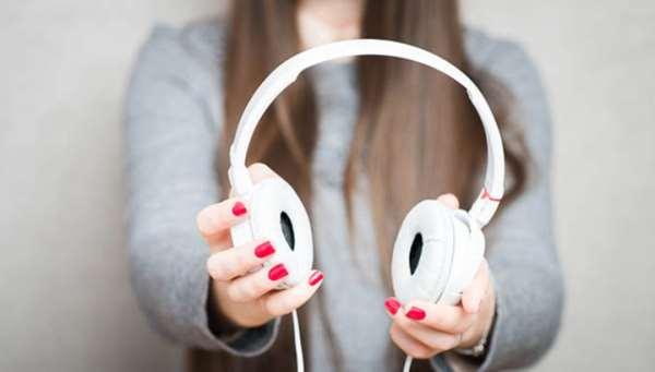 Подборка топовых и актуальных музыкальных треков