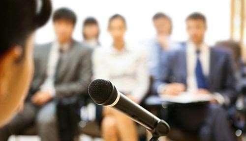 Обучение ораторскому искусству и риторике